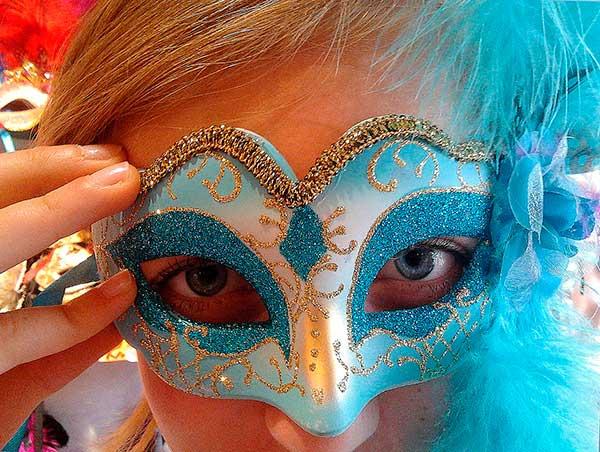 encontro escaldante durante o Carnaval